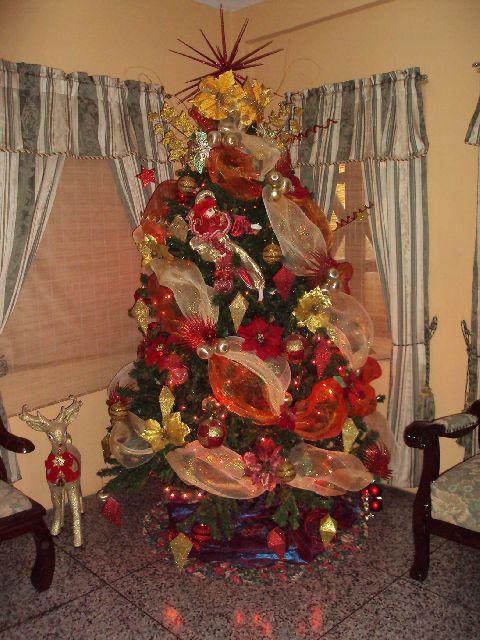 Mundanacity Weird And Wacky Christmas Trees