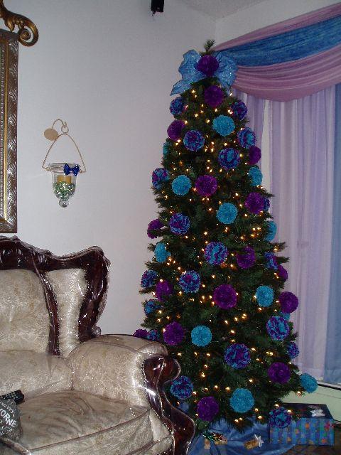 Mundanacity: Good, Bad, and Wickedly Ugly Christmas Trees 2009
